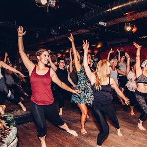 Burlesque dance classes in Montreal, Canada!