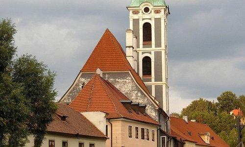 旧教会をアップで