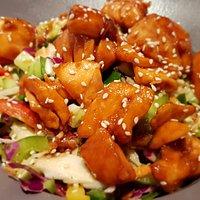Salmon in teriyaki salad
