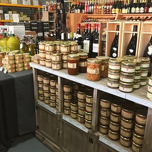 Nos produits du terroir sont issue de nos cultures d'Occitanie, idéal pour partager!