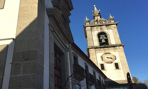 Igreja pequena, mas bonita no seu interior
