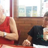 Meu marido e netinho Lucas