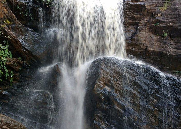 Rani Duduma Waterfall