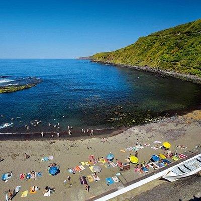 Praia Calhau D'Areia: zona de natação e mergulho.   Calhau D'Areia Beach: swimming and diving ar