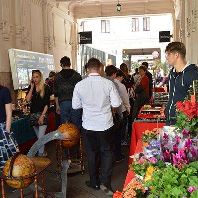 Gozsdu Weekend Market, Budapest