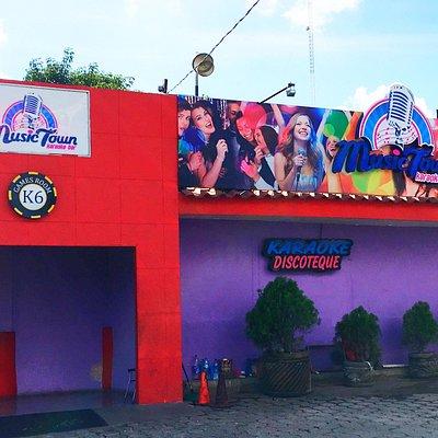 MusicTown Karaoke Bar