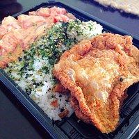ポケ弁当。Poke bentou. Delicious:)