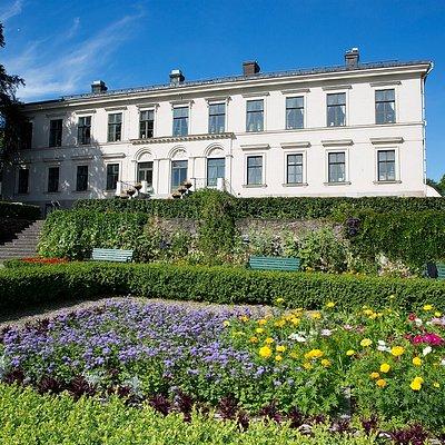 Karlslunds herrgård med trädgård!