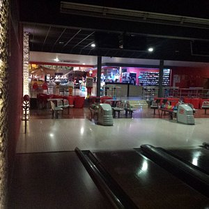 10 pistas de Bowling