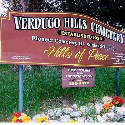 The welcoming sign at the entrance to the park.