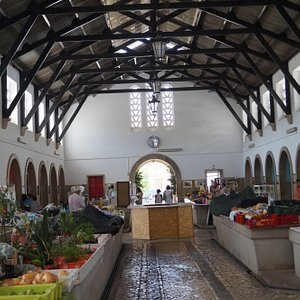 schöne kleine Markthalle von Silves