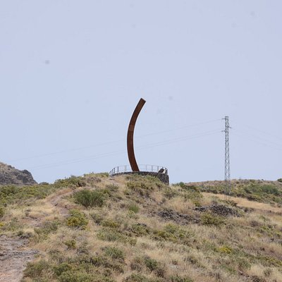 Rzeźba Faro de los Alisios