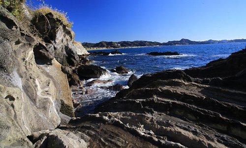明鐘岬南側の岩礁
