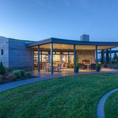 The Fairsing Vineyard tasting room pays homage to the Celtic heritage of the owners.