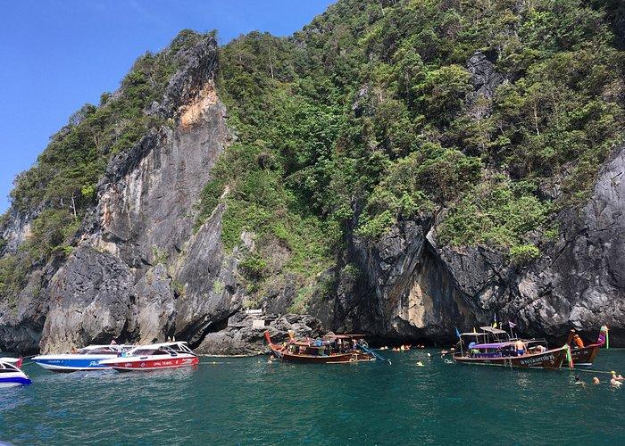 Morakot Cave (Emerald Cave)
