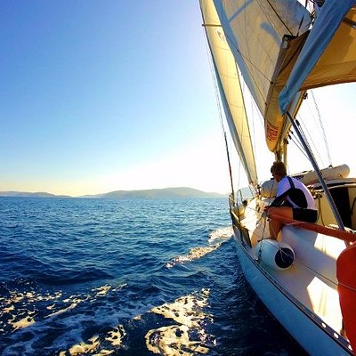 Sail the Aegean Sea!