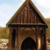 Chapelle du Saint-Sépulcre située dans le cimetière de Baume-les-Dames