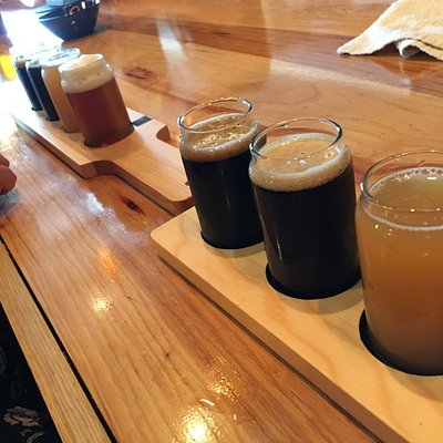 Great selection of craft beer both brewed on premises and from other NY state breweries