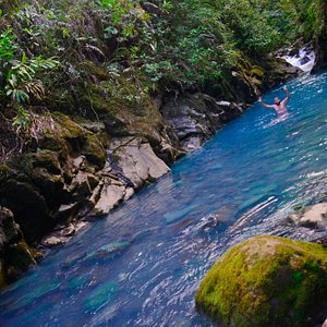 There are natural wonders only the local experts know about. Explore Costa Rica. Discover Pura V