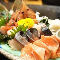 ■Assorted sashimi ■刺身盛り合わせ