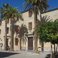 Fachada del Palacio de Villadomardo en Jaen Andalucía