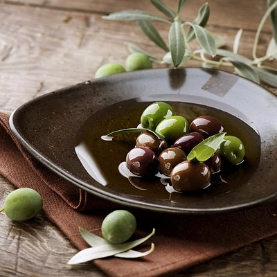 Barrie Olive Oil Co.: Fresh, pure extra virgin oils of the highest standard