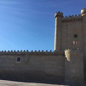 Torre y lienzo