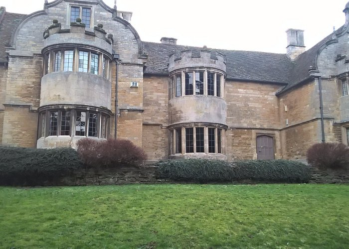 Rushden Hall - after which Rushden Hall Park is named.