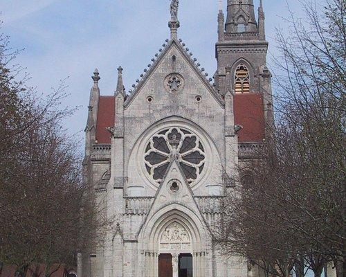 Facade principale de Notre-Dame du Mont-Roland