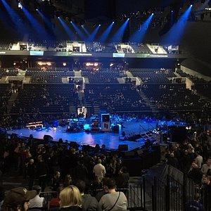 Bühne von Metallica in der Mitte der Royal Arena