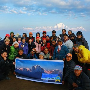 Ghorepani Poon Hill trek with Singaporian group