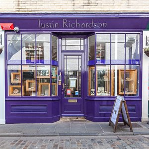 Justin Richardson shop front