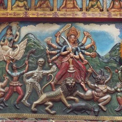 Rankini temple wall above the deity