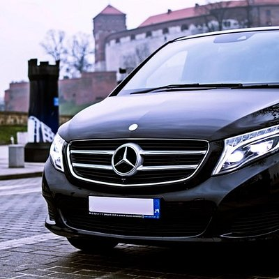 Wawel Castle and Mercedes Benz Vito