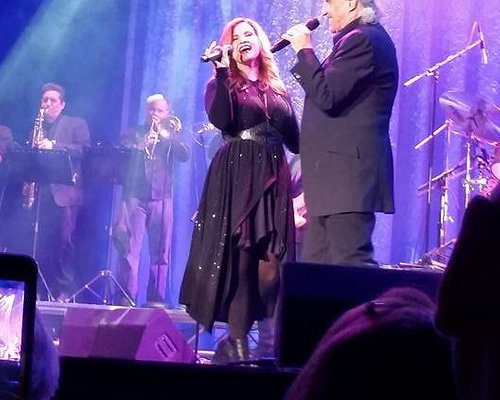 """A most awesome duo, Bill Medley and daughter, McKenna """"The Time Of My Life!"""" Lifetime Experience"""
