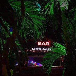 Guitar Hawaii Hoi An Live Music Bar