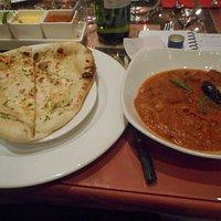 Garlic naan and lamb Jalfrezi