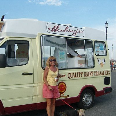 The Hockings van at Westward Ho!