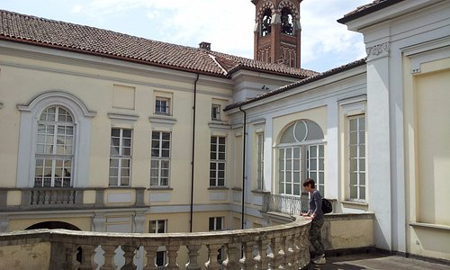 Balconata sul cortile della casa natale di Vittorio Alfieri