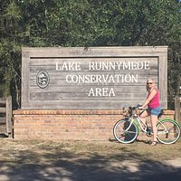 Lake Runnymede Conservation Area