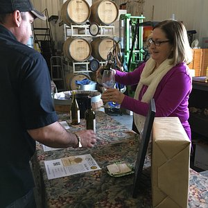 I am happily volunteering to pour tastings at Wine and Chocolate Weekend 2017.