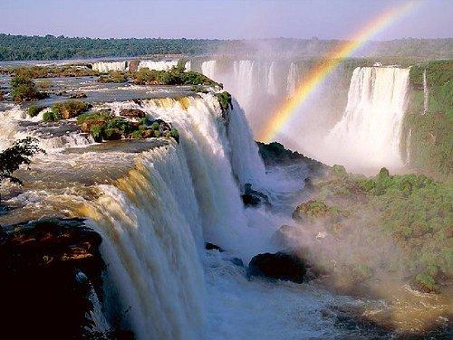 Cataratas do Iguaçu, uma das 7 Maravilhas da Natureza.