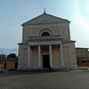 Facciata del Santuario