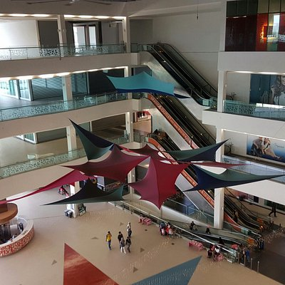 Star Avenue Lifestyle Mall's interior