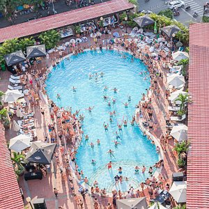 Saigon Soul / The liveliest Pool Party & Dayclub in Ho Chi Minh City, Vietnam. Great Music. Big