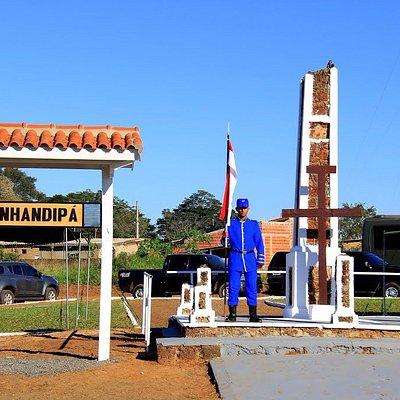 Monumento em dia de comemoração: 11 de maio