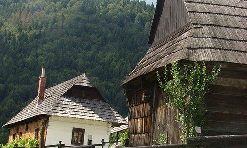 De houten huizen