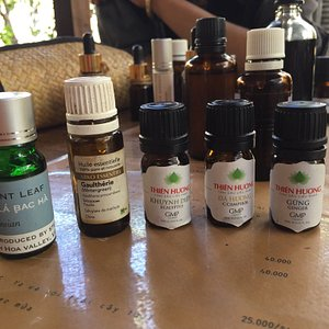 Creating your own scent. Big fun with Anh!