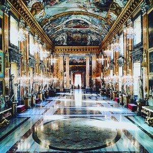 Il salone principale della Galleria Colonna, da me immortalata.