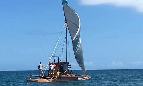 The only traditional Fijian sailing canoe experience